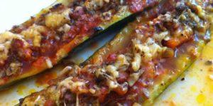 cukinia a la pizza- przepis na ten i inne smakołyki mozna znaleźć na stronie magazynu Cuisine Actuelle